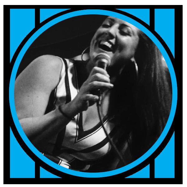 Jo Rochell, piano vocalist